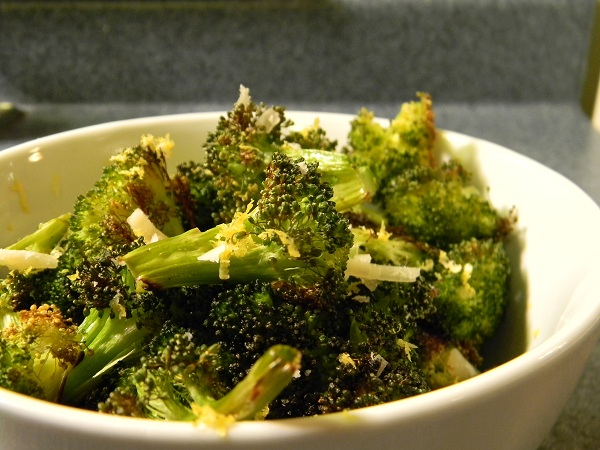 Lemony Parmesan Roasted Broccoli